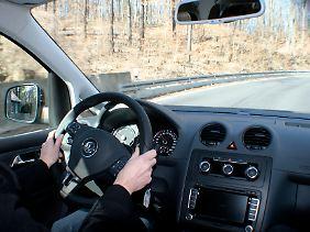 Eine hohe Sitzposition und vertraute Cockpitarmaturen: Der Caddy ist freundlich zum Nutzer.
