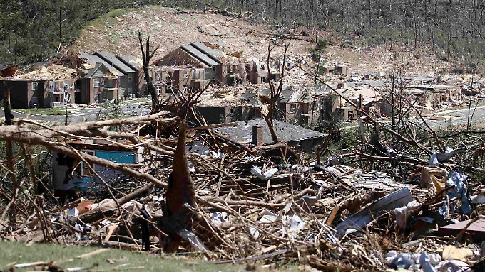 Bild aus Tuscaloosa. Die Stadt in Alabama wurde am schlimmsten getroffen.