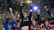 Rekordsieg im DFB-Pokalfinale: Schalke holt den Pott!