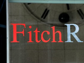 Am Eingang zu Fitch Ratings.
