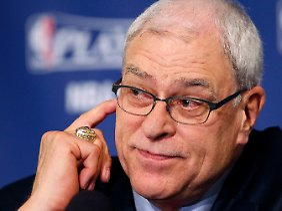 Phil Jackson kehrt nicht zu den LA Lakers zurück.