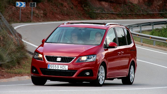 seat alhambra 4wd ein angebot f r die allrad familie n. Black Bedroom Furniture Sets. Home Design Ideas