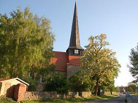 Die Dorfkirche der Gemeinde Zerrenthin in Mecklenburg-Vorpommern. Hier wurde Charlenes Ururgroßvater getauft.