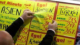 n-tv Ratgeber: Preisvergleich: Frühbucher versus Last Minute
