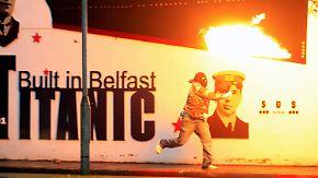 Schwere Straßenschlachten in Belfast: Nordirlandkonflikt flammt wieder auf