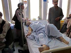 Erst am Freitag waren bei Kundus zehn Menschen getötet und 24 verletzt worden.