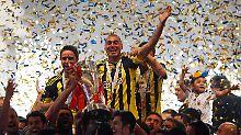 Der großen Freude über den 18. Meistertitel von Fenerbahce Istanbul könnte nun der große Skandal folgen.