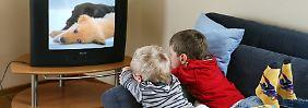 Unglückliche Kinder: TV und PC als Trost