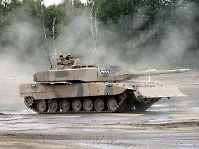 Deutsche Panzer für Saudi-Arabien: Das Geschäft führt zu neuem Streit zwischen Regierung und Opposition.