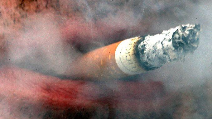 Nikotin ist ein Nervengift mit kurzer stimulierender Wirkung.