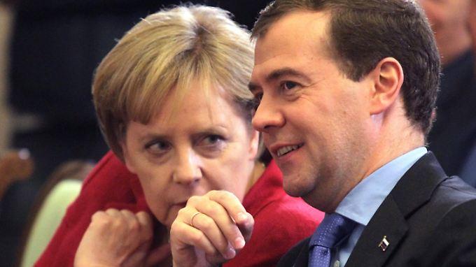 Treffen sich in Hannover: Bundeskanzlerin Angela Merkel und Russlands Präsident Dimitri Medwedew.