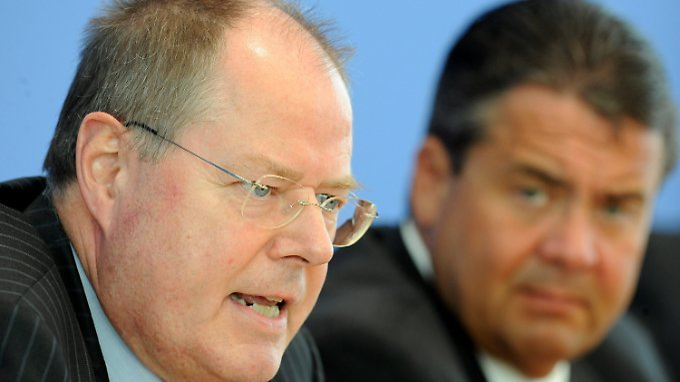 """Steinbrück zur Euro-Krise: """"Regierung fängt Krise nicht auf"""""""