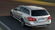 Daimler sitzt die Konkurrenz im Nacken.