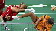 """Asiatischer Ballsport """"Sepak Takraw"""": Schwerelose Fußartisten treten zu"""