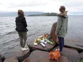 Trauer mit Blick auf die Insel des Schreckens.