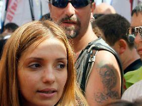 Jewgenia Carr mit ihrem Ehemann, dem britischen Rockmusiker Sean Carr.