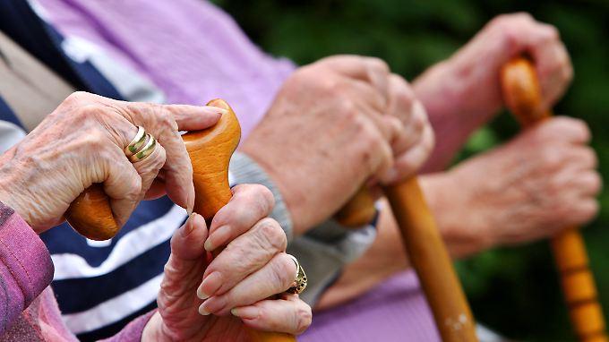 Um etwa ein Zehntel: Rentenniveau sinkt bis 2025