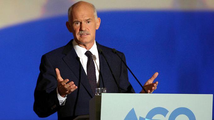Papandreou steht immer noch mit leeren Händen da. EU und IWF lassen Athen weiterhin zappeln.