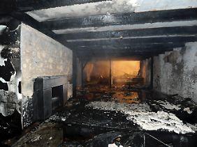 Das ausgebrannte Wohnzimmer im Haus des Fußballspielers.