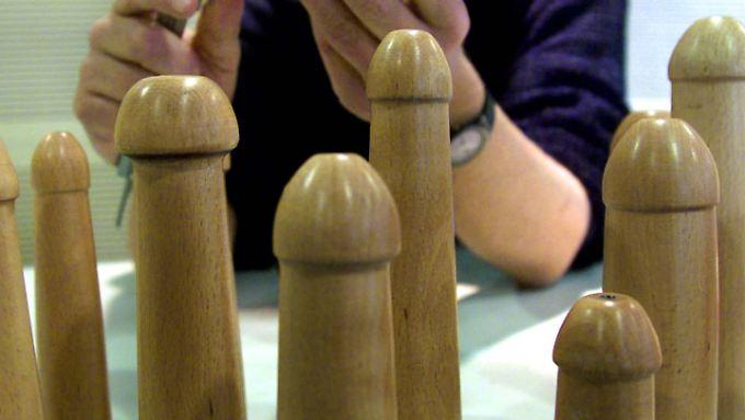 Eine Penisvergrößerung ist noch kein Potenzmittel, sagen Chirurgen.
