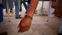 Der Kampf um Sirte hat schon vielen Rebellen das Leben gekostet.