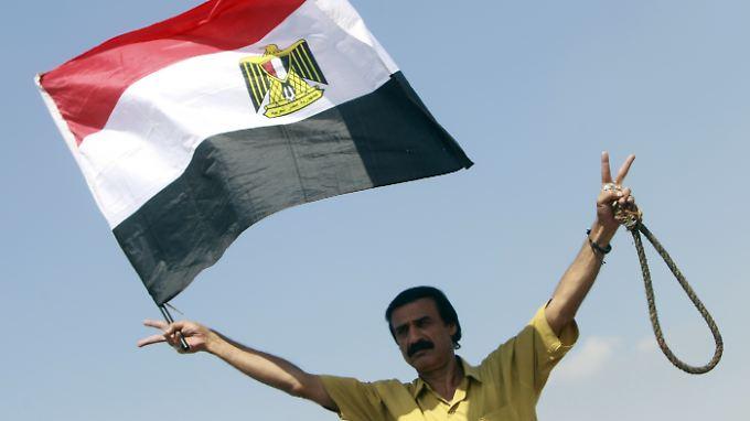 Hoffnung und Rache: Ägyptens Bevölkerung fordert noch immer Gerechtigkeit.