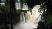 ... denn es sind die Iguazu-Wasserfälle in Südamerika, an der argentinisch-brasilianischen Grenze.