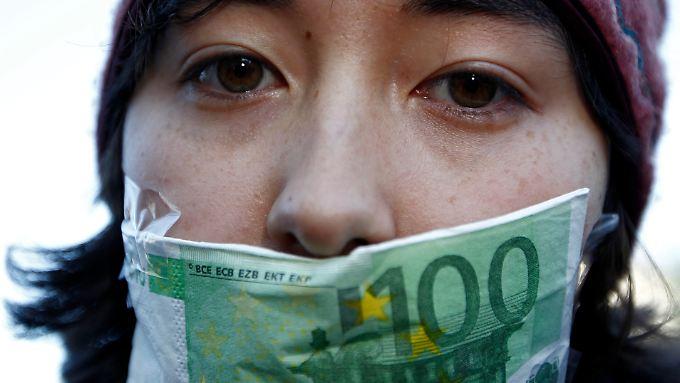 Wut auf Banken und Finanzwelt: Tausende Deutsche protestieren