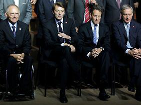 Wolfgang Schäuble, Francois Baroin, Timothy Geithner, Christian Noyer: Finanzminister und Notenbanker aus Deutschland, Frankreich und den USA.