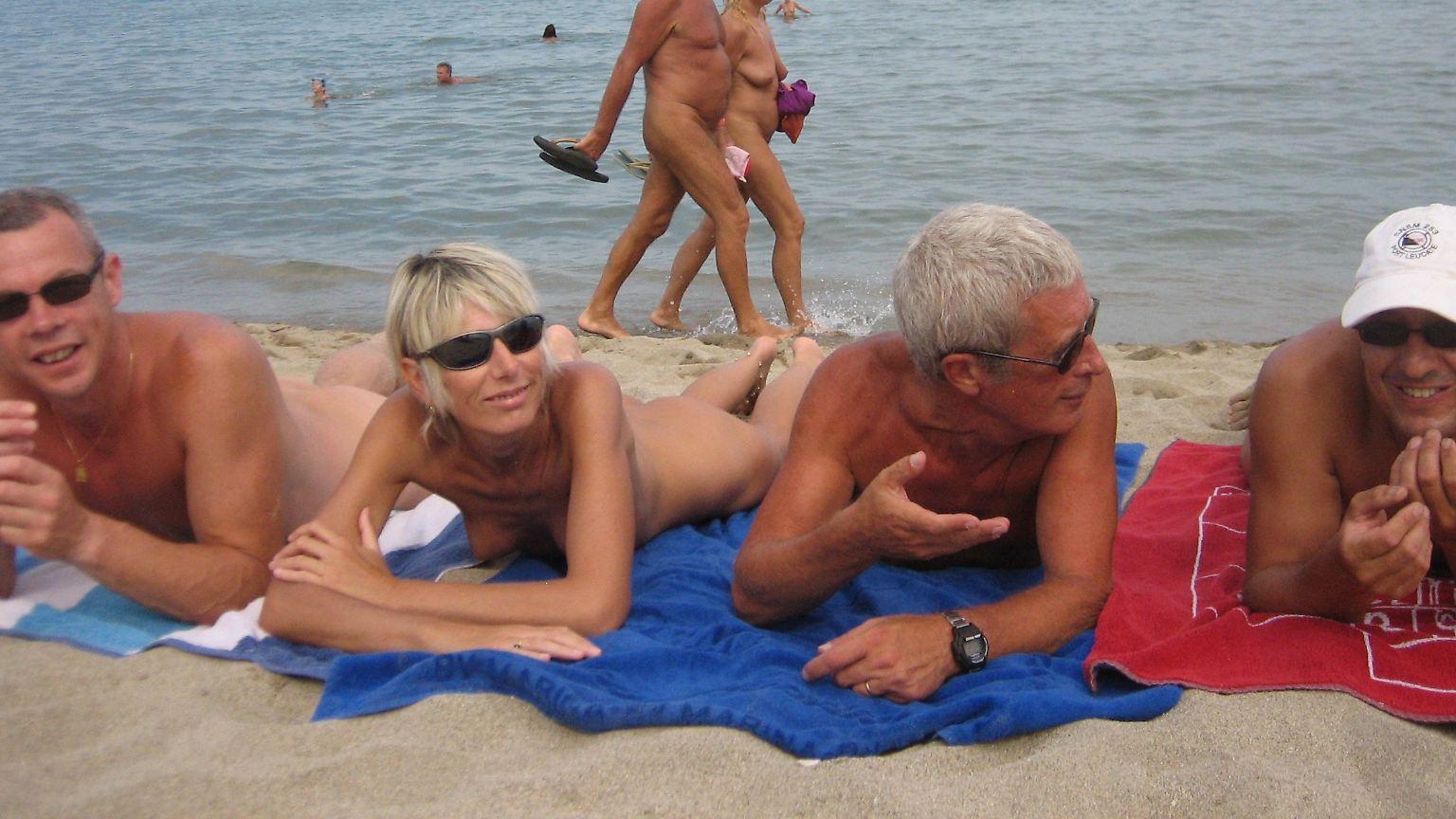 verbotene nudisten strand