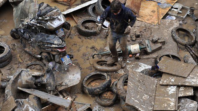 Mindestens 16 Tote in Italien: Schwere Unwetter weiten sich aus