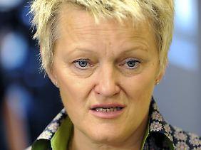 Nach Meinung der Grünen-Spitzenkandidatin Künast kann nur ein Gleichstellungsgesetz die Lohnunterschiede zwischen Männern und Frauen beseitigen.
