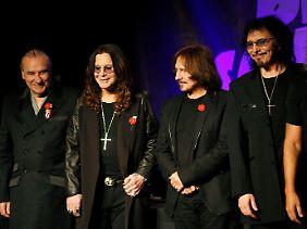 Black Sabbath in Originalbesetzung: Bill Ward, Ozzy Osbourne, Geezer Butler und Tony Iommi (von links nach rechts).