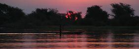 Für die Zukunft versprechen die Regierungen der fünf Anrainer-Länder des weit verzweigten Flusssystems grenzenlose Safaris durch atemberaubende Wildnis.