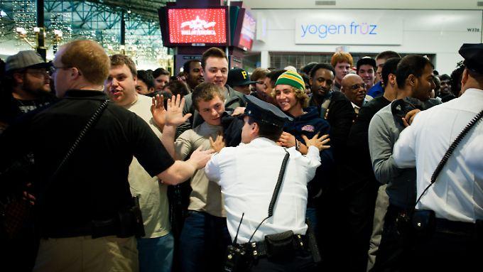 Black Friday in den USA: Krise sorgt für noch mehr Ansturm
