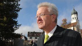 Kretschmann auf dem Weg zur Wahl in Sigmaringen.