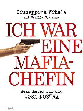 Das Buch ist bei DVA erschienen. Aktuelle Bilder der Autorin gibt es nicht, da sie im Zeugenschutzprogramm steht.