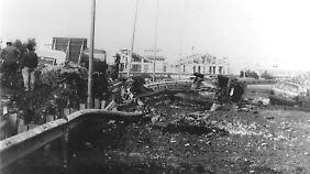 """Blick auf die Unglückstelle auf der Autobahn Palermo - Trapani, wo der Jurist und prominenteste Mafia-Jäger Italiens, Giovanni Falcone, am 23. Mai 1992 durch ein Bombenattentat getötet wurde. Laut Vitale kannten ihre Brüder die """"Terroristen""""."""