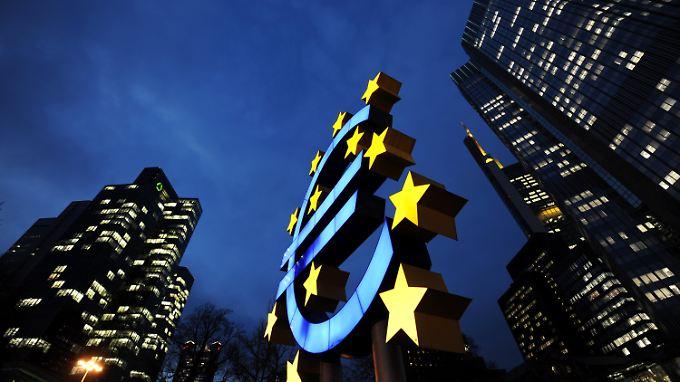 S&P droht 15 EU-Staaten: Deutschland könnte Topbonität verlieren