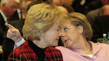 Erika Steinbach: Merkel macht ihre Kritiker mundtot.