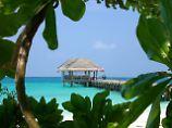 Der Tourismus ist eine der wichtigsten Einnahmequellen auf den  aus 1192 Inseln und Inselchen bestehenden Malediven.