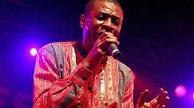 Will für sein Volk schwitzen - wenn es ihn denn wählen sollte: Youssou N'Dour.