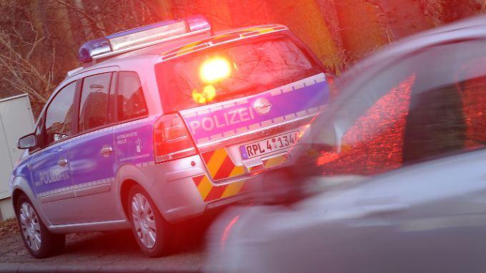 Radarfallen sind vielen Autofahrern ein Dorn im Auge. Mit Blitzerwarnern suchen sie Schutz vor dem unfreiwilligen Porträtfoto.