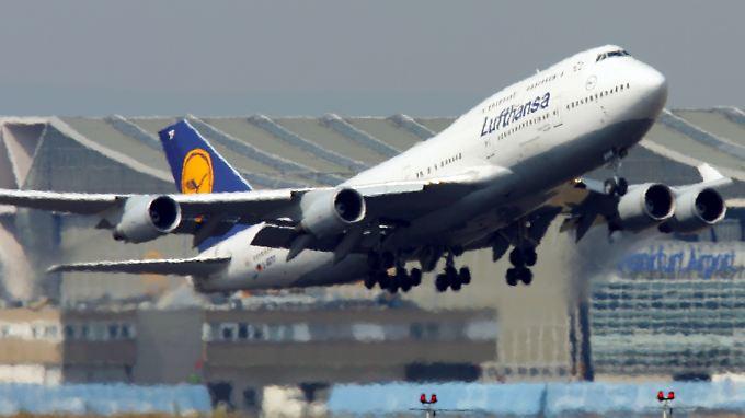 Eine Boeing 747-400 wird mit Biosprit von Frankfurt nach Washington fliegen.