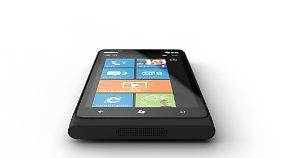 Für c'net das beste Smartphone der CES: das Nokia Lumia 900 mit Womdows-Betriebssystem und LTE-Modul.
