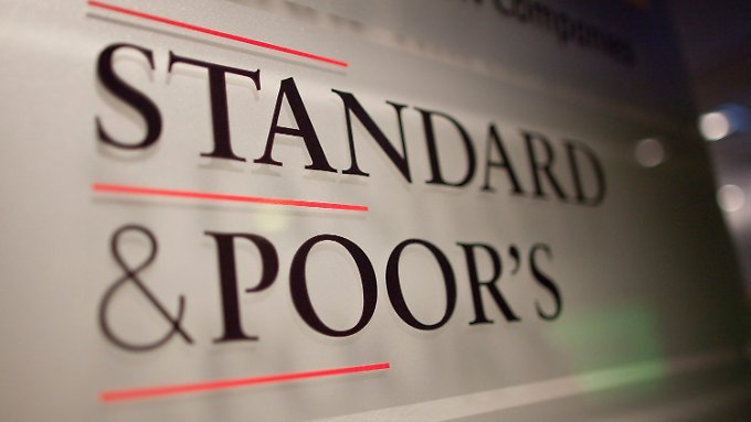 Frankreich verliert Top-Bonität: S&P stuft neun Euroländer herab
