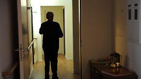 Etwa eine Million Deutsche betroffen: Forschung kämpft gegen Alzheimer