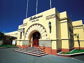 Die Stadt Napier im Osten der Nordinsel wurde in den 1930 Jahren im Art-déco-Stil wieder aufgebaut. Eines der Prunkstücke ist das Rothmans Building.