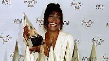 """Das bewegte Leben von Whitney Houston: """"The Voice"""" seit einem Jahr tot"""