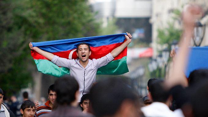 Aserbaidschan freut sich auf den Song Contest - Menschenrechtler hoffen auf Aufmerksamkeit, das Regime auf gute PR.